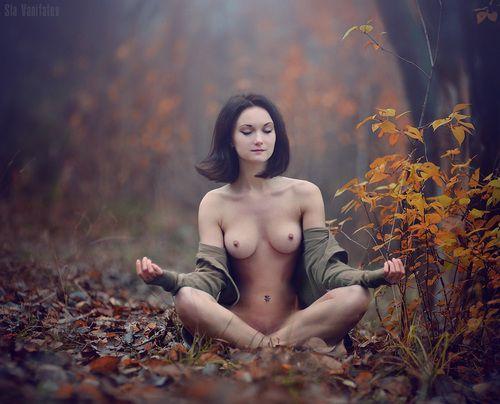 4e9bf982847e20ca0a184c4796aef14a--art-nature-yoga-meditation