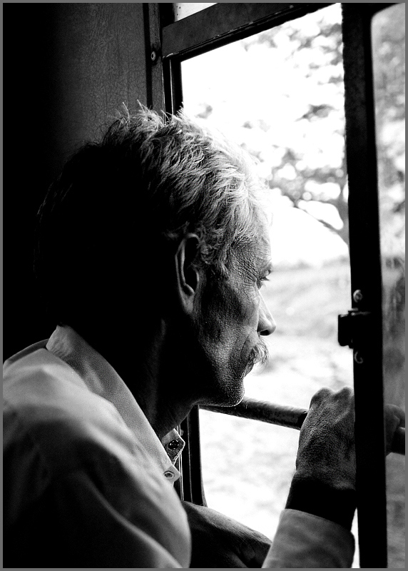 man-on-window-b_w